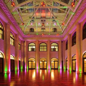 Kassenhalle im Humboldt-Carré | Konferenz & Eventzentrum am Gendarmenmarkt